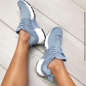 Light blue Nike Presto Running Shoes